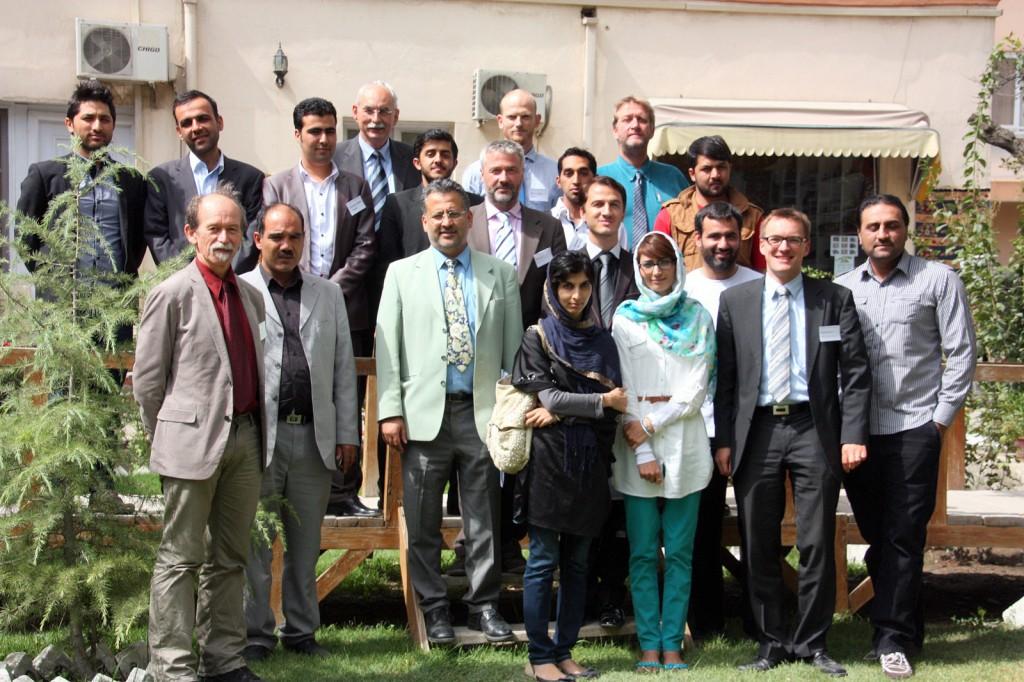 Einige der Teilnehmenden des NATO Open Source Workshops in Kabul, 2012